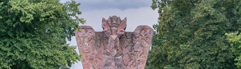 Ganz aus Backstein, der Niedersachsenstein von Hoetger in Worpswede.