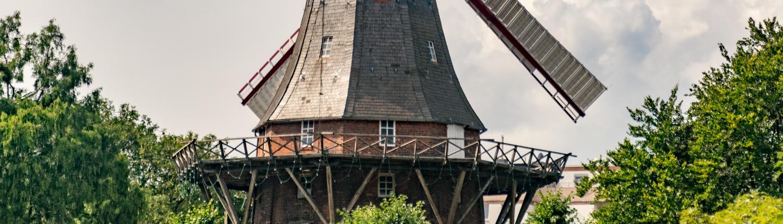 Die Mühle in den Bremer Wallanlagen ist heute ein Café.
